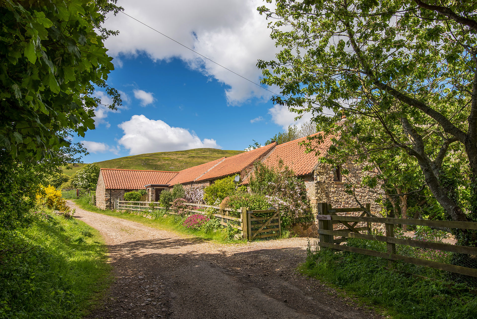 Outside the cottage homildon holiday cottage northumberland for Family cottages